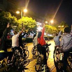 Chengdu Dreams Travel Youth Hostel спортивное сооружение