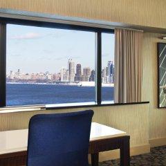 Отель Sheraton Lincoln Harbor Вихокен комната для гостей