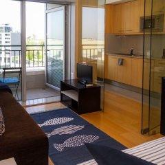 Апартаменты Liiiving In Porto - Antas Corporate Studio комната для гостей фото 4