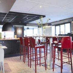 Отель Campanile Blois Nord гостиничный бар
