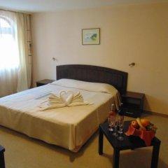 Отель Meteor Family Hotel Болгария, Чепеларе - отзывы, цены и фото номеров - забронировать отель Meteor Family Hotel онлайн сейф в номере
