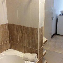 Отель Afrikiko Riverfront Resort ванная