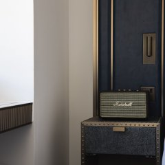 Отель Page8 Лондон сейф в номере