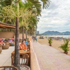 Barcelona Hotel Nha Trang пляж фото 2