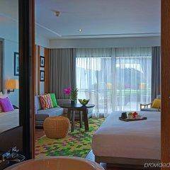 Отель The Nai Harn Phuket спа