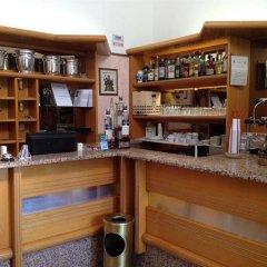 Hotel Sicilia гостиничный бар фото 2