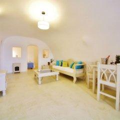 Отель Chroma Suites Греция, Остров Санторини - отзывы, цены и фото номеров - забронировать отель Chroma Suites онлайн комната для гостей фото 2