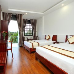 Отель Azalea Homestay комната для гостей фото 2