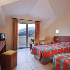 Larissa Blue Hotel комната для гостей фото 2