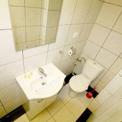 Отель Manufactura Сербия, Белград - отзывы, цены и фото номеров - забронировать отель Manufactura онлайн ванная