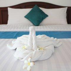Отель Waterside Resort пляж