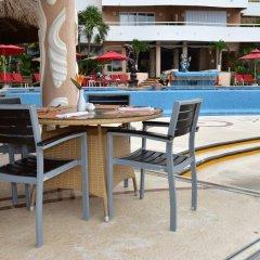 Отель Sunset Fishermen Beach Resort Плая-дель-Кармен бассейн фото 2