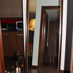 Отель Quinta Dos Padres Santos, Agroturismo & Spa Байао сейф в номере