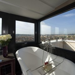 Отель Hassler Roma ванная фото 2