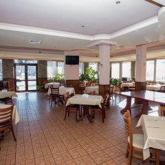 Отель Avenue Болгария, Бургас - отзывы, цены и фото номеров - забронировать отель Avenue онлайн питание фото 2
