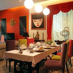 Отель Almali Luxury Residence Пхукет в номере