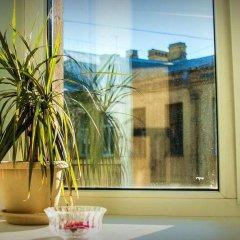 Гостиница Меблированные комнаты Atlas в Санкт-Петербурге отзывы, цены и фото номеров - забронировать гостиницу Меблированные комнаты Atlas онлайн Санкт-Петербург балкон