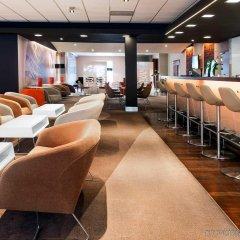 Отель Novotel Warszawa Airport Варшава гостиничный бар