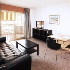 Отель Apartamentos Indasol Испания, Салоу - отзывы, цены и фото номеров - забронировать отель Apartamentos Indasol онлайн комната для гостей