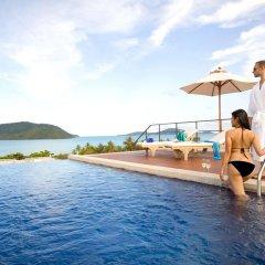 Отель Serenity Resort & Residences Phuket бассейн