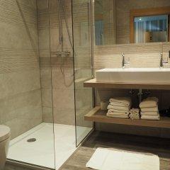 Отель Charmehotel Het Bloemenhof Бельгия, Брюгге - отзывы, цены и фото номеров - забронировать отель Charmehotel Het Bloemenhof онлайн ванная