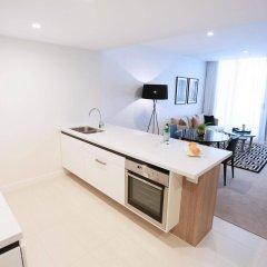 Alex Perry Hotel & Apartments в номере