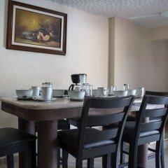 Отель Isabel Suites Zihuatanejo