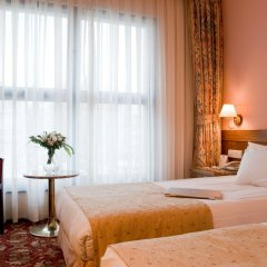 Best Western Hotel Ikibin-2000 комната для гостей