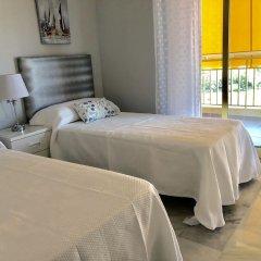 Отель Rentcostadelsol Apartamento Fuengirola - Doña Sofía 5E Фуэнхирола комната для гостей