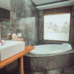 Отель Sasitara Thai villas Таиланд, Самуи - отзывы, цены и фото номеров - забронировать отель Sasitara Thai villas онлайн ванная
