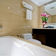 Отель LK The Empress Таиланд, Паттайя - 3 отзыва об отеле, цены и фото номеров - забронировать отель LK The Empress онлайн ванная фото 2