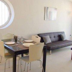Отель Realrent Marina Real (ex. Realrent Avenida Del Puerto) Валенсия комната для гостей