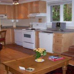 Отель Kitsilano Garden Suites Канада, Ванкувер - отзывы, цены и фото номеров - забронировать отель Kitsilano Garden Suites онлайн в номере