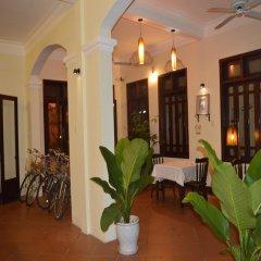 Отель Orchids Homestay Хойан интерьер отеля