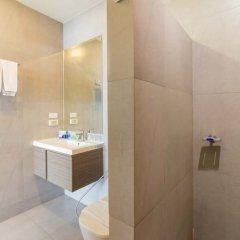 Отель Icheck Inn Skyy Residence Sukhumvit 1 Бангкок ванная фото 2