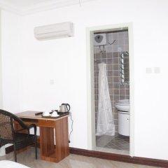 Kingsbridge Royale Hotel удобства в номере