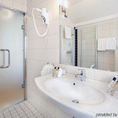 Отель Thon Hotel Saga Норвегия, Гаугесунн - отзывы, цены и фото номеров - забронировать отель Thon Hotel Saga онлайн ванная фото 2