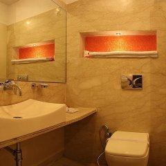 Отель Livasa Inn Индия, Нью-Дели - отзывы, цены и фото номеров - забронировать отель Livasa Inn онлайн ванная фото 2