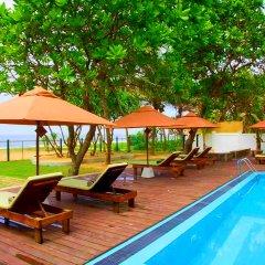 Отель The Sand Castle Wadduwa бассейн фото 2