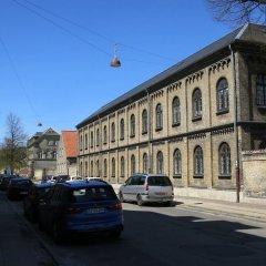 Отель Studio Close to the queen 1143-1 Дания, Копенгаген - отзывы, цены и фото номеров - забронировать отель Studio Close to the queen 1143-1 онлайн парковка