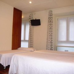 Отель Pension Bikain Сан-Себастьян удобства в номере