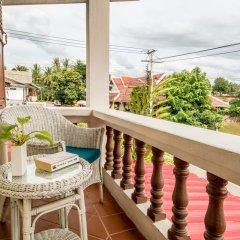 Отель Villa Deux Rivieres Лаос, Луангпхабанг - отзывы, цены и фото номеров - забронировать отель Villa Deux Rivieres онлайн балкон