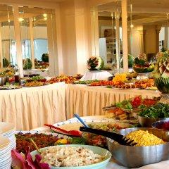 Buyuk Berk Hotel Турция, Айвалык - отзывы, цены и фото номеров - забронировать отель Buyuk Berk Hotel онлайн питание