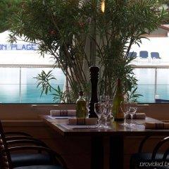 Hotel Lyon Métropole бассейн