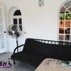 Отель Belleh23 Kingston Creative Guesthouse в номере фото 2