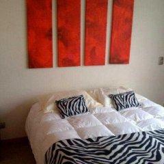 Апартаменты Santiago Apartments Бангкок комната для гостей фото 2