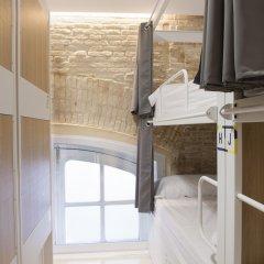 Up Station Hostel Валенсия в номере фото 2