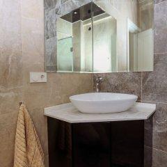Апартаменты Hosthub - 2BR Super view Apartment Тбилиси ванная фото 2