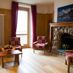 Hotel Roseg Киеза-ин-Вальмаленко интерьер отеля