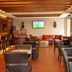 Отель Caesar's Park Hotel Ливан, Бейрут - отзывы, цены и фото номеров - забронировать отель Caesar's Park Hotel онлайн гостиничный бар